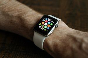 smart-watch-821559_1920 (1).jpg