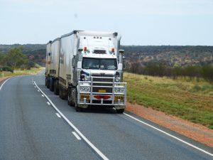 semi-trailers-534577_1920-300x225