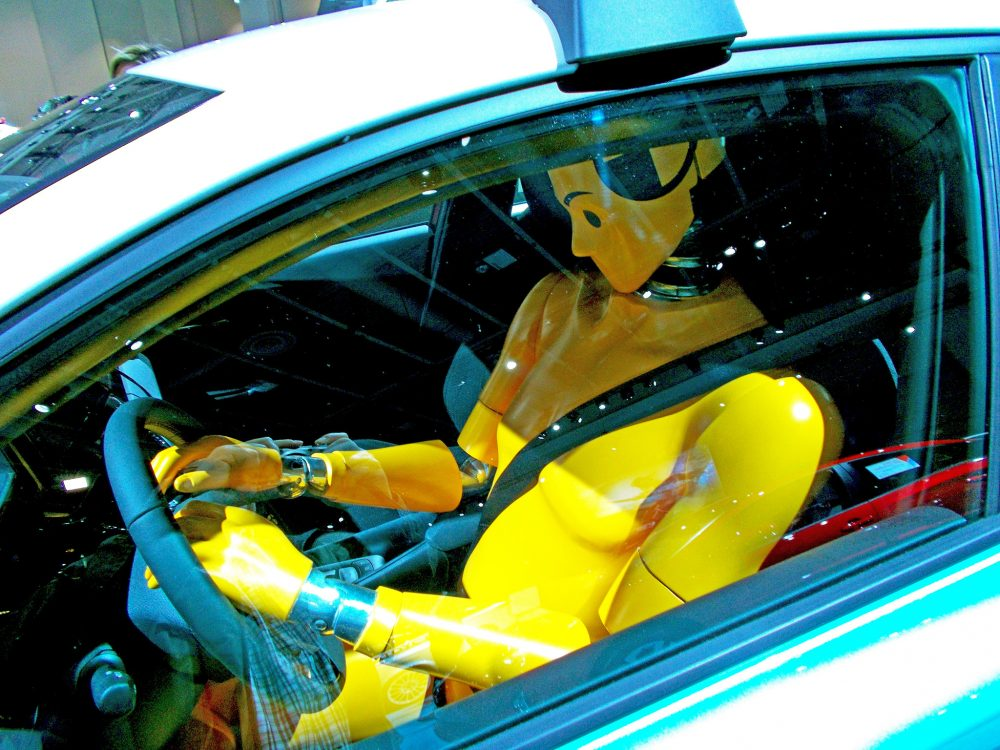 What Dummies! Car Industry Ignores Women's Safety by