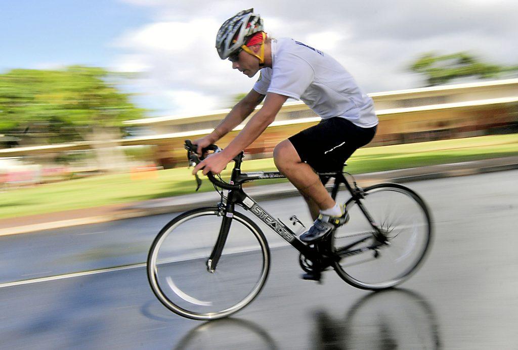 bicyclist-569279_1920-1024x692
