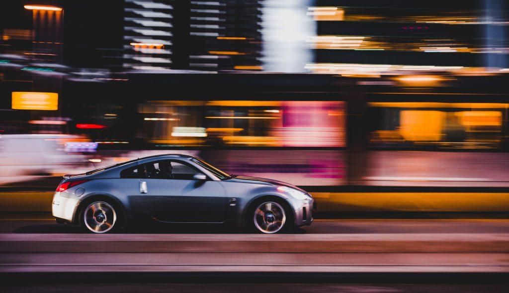 speeding-toine-g-iRnUeA04kUY-unsplash-1024x589