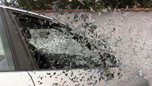 car-accident-337764_1280-300x169